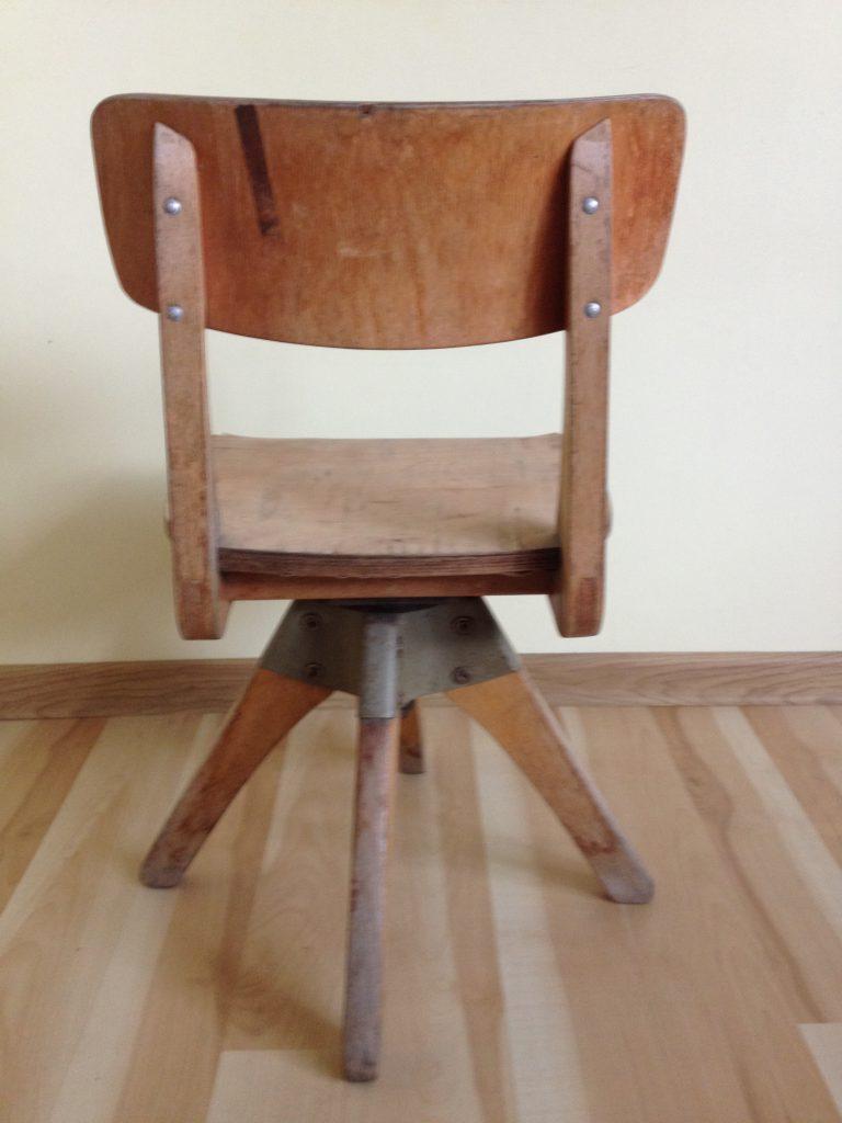 Obrotowe krzesło szkolne Casala