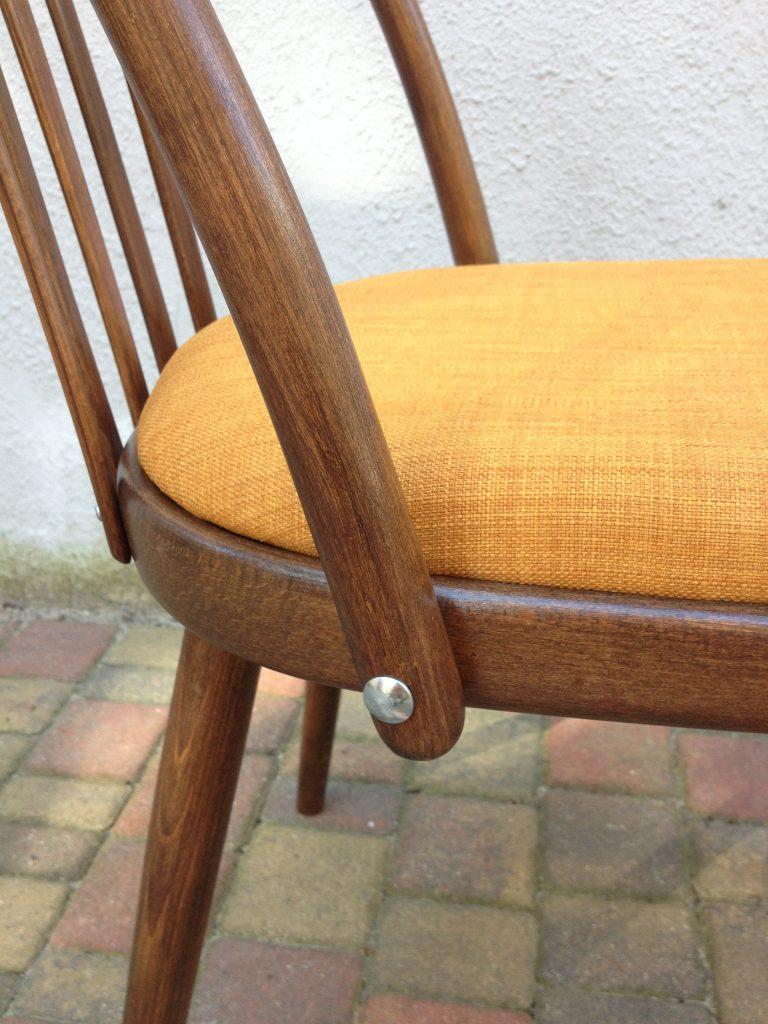 Połączenia śrubowe krzesła