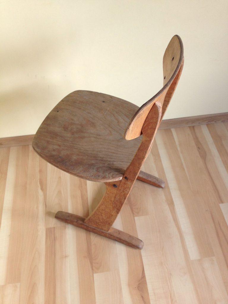 Niemieckie krzesło stolarskie szkolne Casala