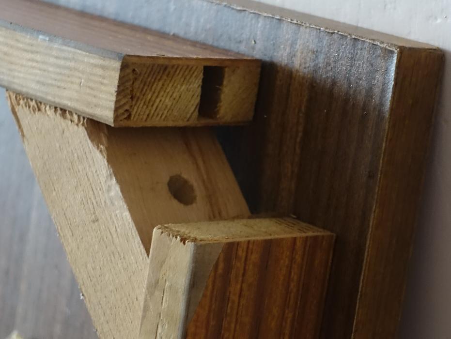 Połączenia w stoliku kawowym z Jarocińskiej Fabryki Mebli