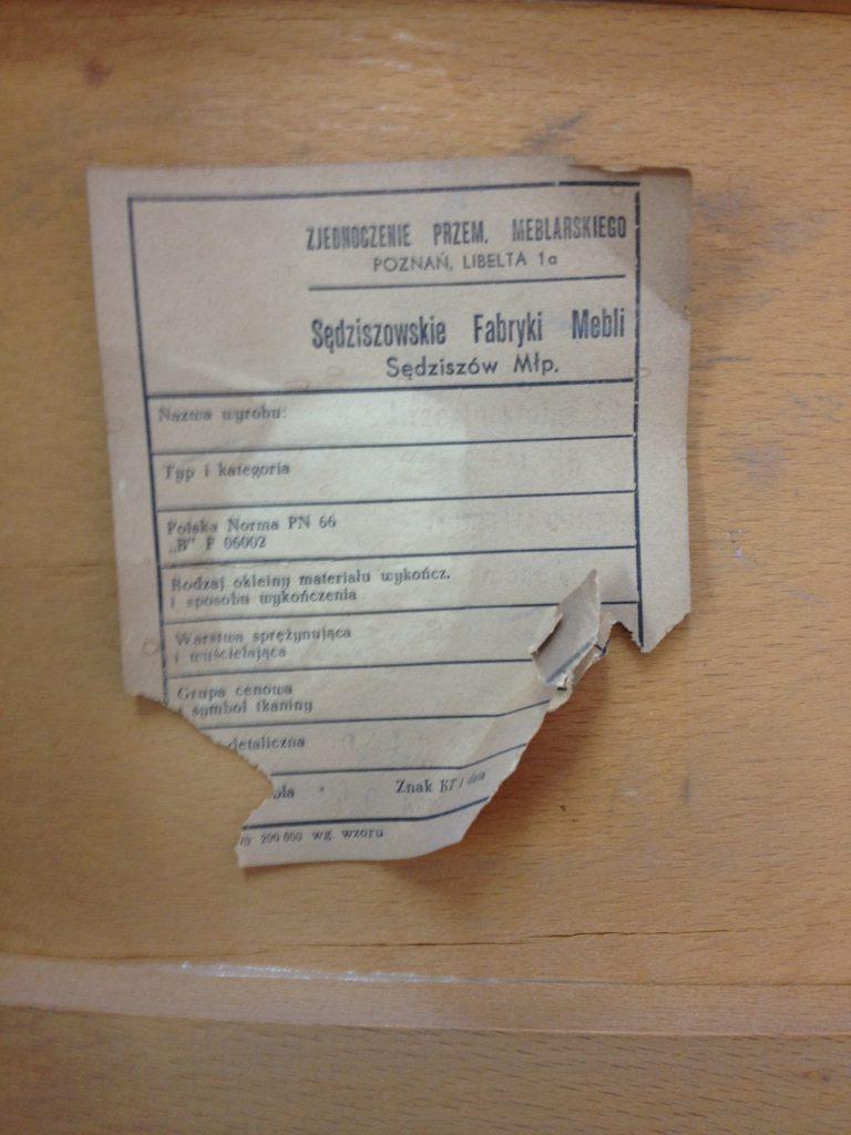 Etykieta krzesł GFM z Sędziszowkich Fabryk Mebli