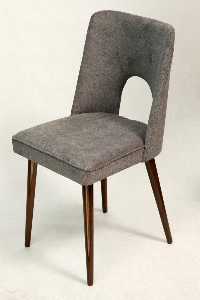 Krzesło tapicerowane muszelka typ 1020 B