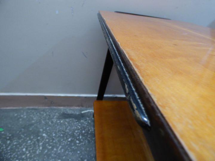 Stolik pod TV i radio typ 600-210 B, Zakład Obróbki Drewna