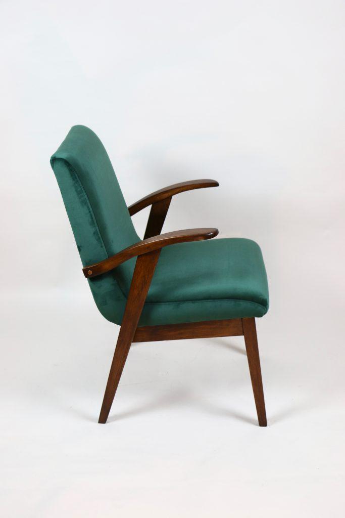 Fotel tapicerowany typ 300-123 proj. Mieczysław Puchała, prod. Bystrzyckie Fabryki Mebli