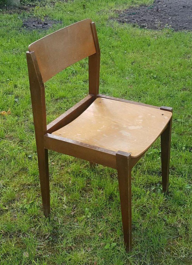 Krzesło nietapicerowane (stolarskie) typ 200-237 prod. Zakłady Wielkiego Proletariatu w Elblągu