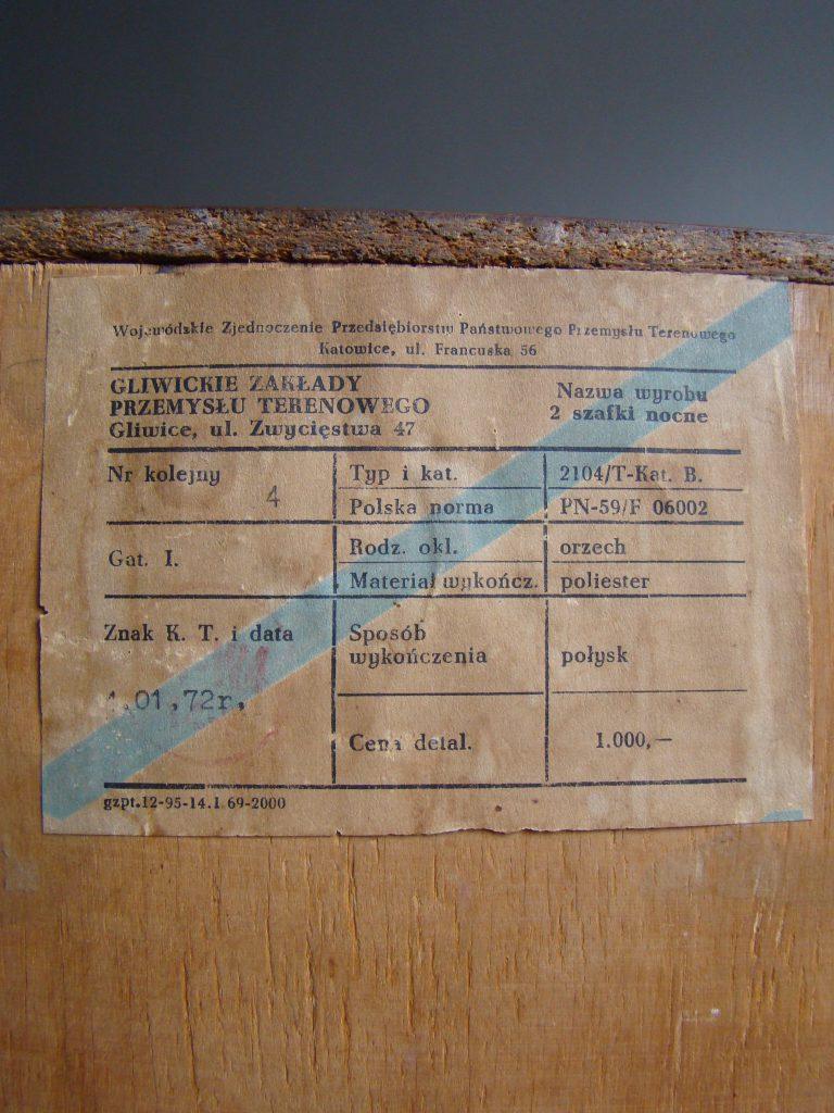 Szafka nocna typ 2104 prod. Gliwickie Zakłady Przemysłu Terenowego