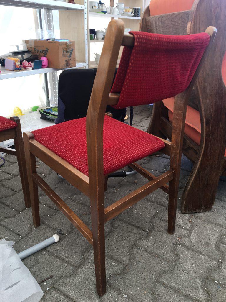 Krzesło tapicerowane typ 200-242 prod. Fabryka Mebli Giętych w Jasienicy