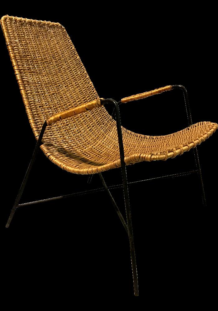 Fotel wiklinowy wyplatany proj. Witold Gyurkovicz, z ekspozycji Muzeum Sztuk Użytkowych w Poznaniu