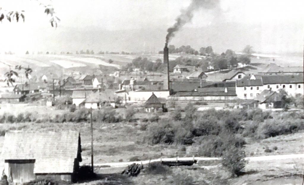 Fabryka Mebli Wschód w Zadzielu koło Żywca
